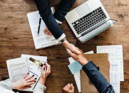 agreement-business-businessman